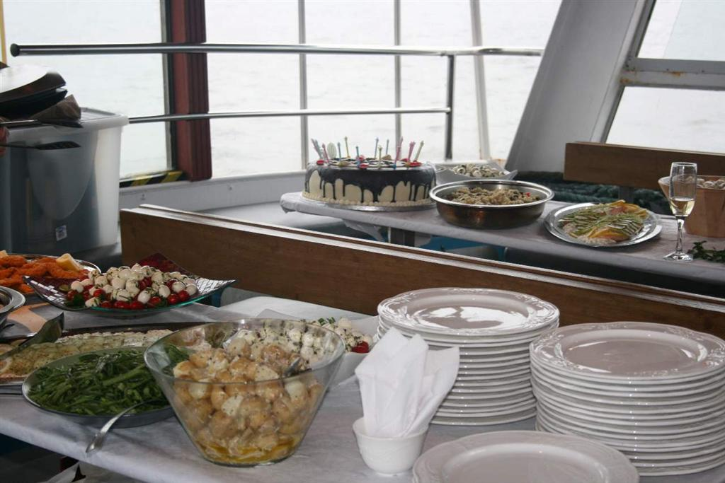 Private Boat Charter Catering